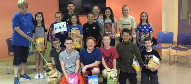 Donaldson students deliver donation to animal friends